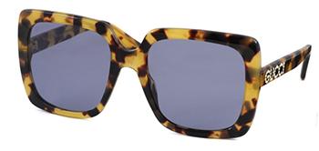 8bb8ff325bce88 新しいクリスタルの「GUCCI」ロゴがチャーミングなクラシックスタイルのサングラス。グッチらしい華やかさと存在感のあるデザインです。 size:レンズ横幅54mm  縦幅49mm ...